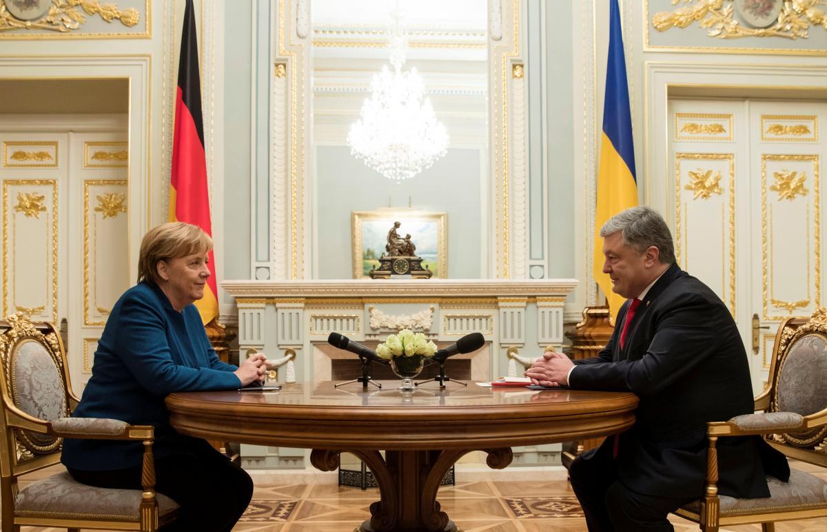 Ангела Меркель и Петр Порошенко / фото REUTERS