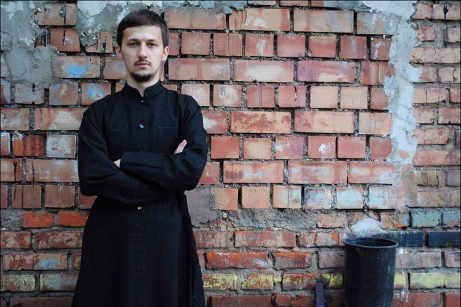 Православный священник из Минска Александр Кухта/ youtube.com /Batushka ответит