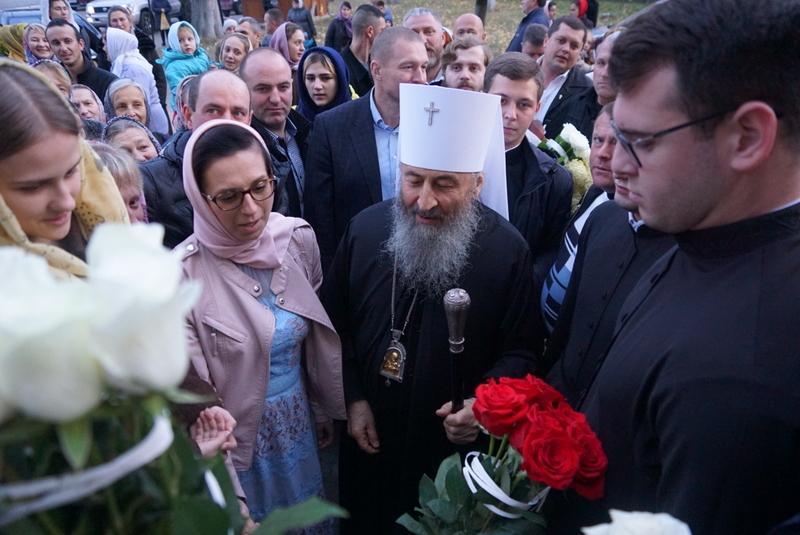 У Чернівцях Митрополит Онуфрій молився з буковинською паствою / news.church.ua