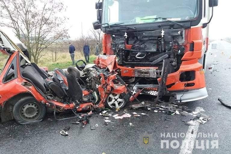 На Ивано-Франковщине произошла смертельная ДТП / Сектор коммуникации полиции Ивано-Франковской области