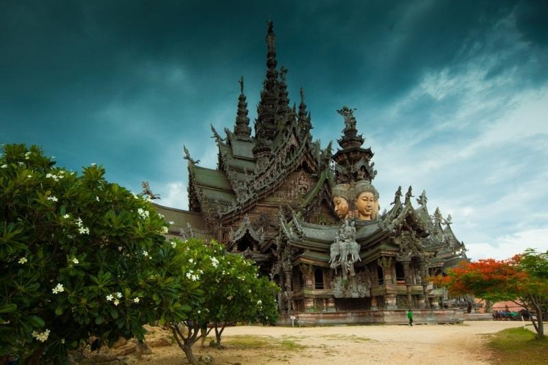 Храм Истины в Таиланде / maximum.fm