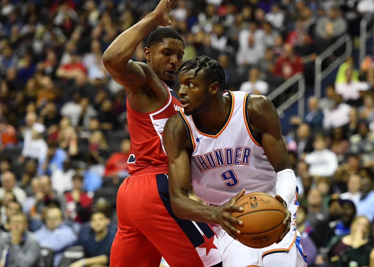 Оклахома обыграла Новый Орлеан в очень результативном матче НБА / Reuters