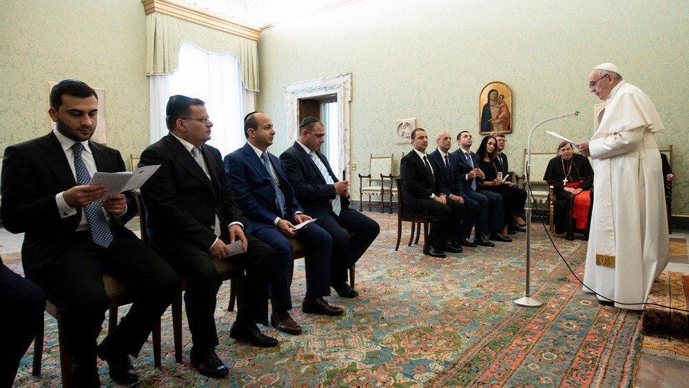 Папа Римский принял делегацию «горных евреев» / vaticannews.va