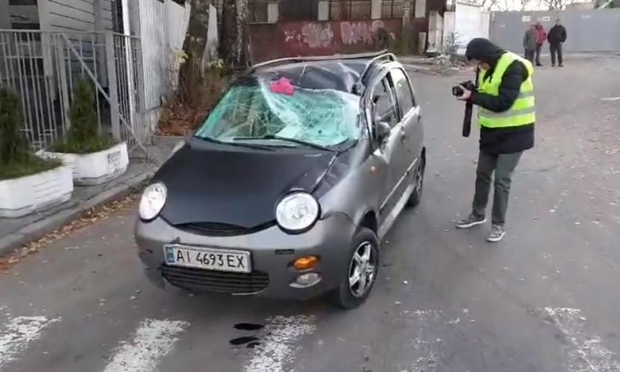 В Киеве на проспекте Лобановского произошло пьяное ДТП / скриншот видео dtp.kiev.ua