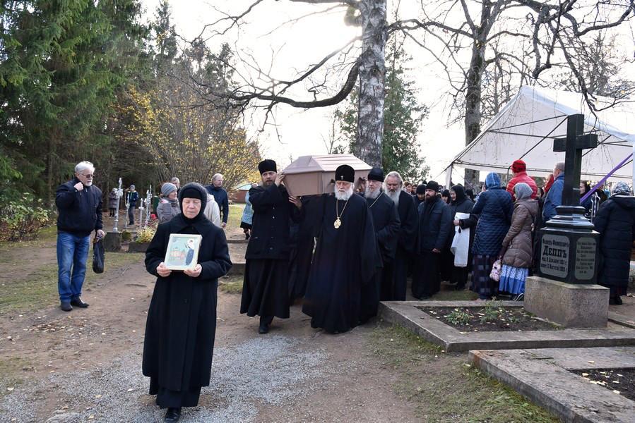 Обретение мощей святой блаженной Катерины Пюхтицкой состоялось20 октября / orthodox.ee