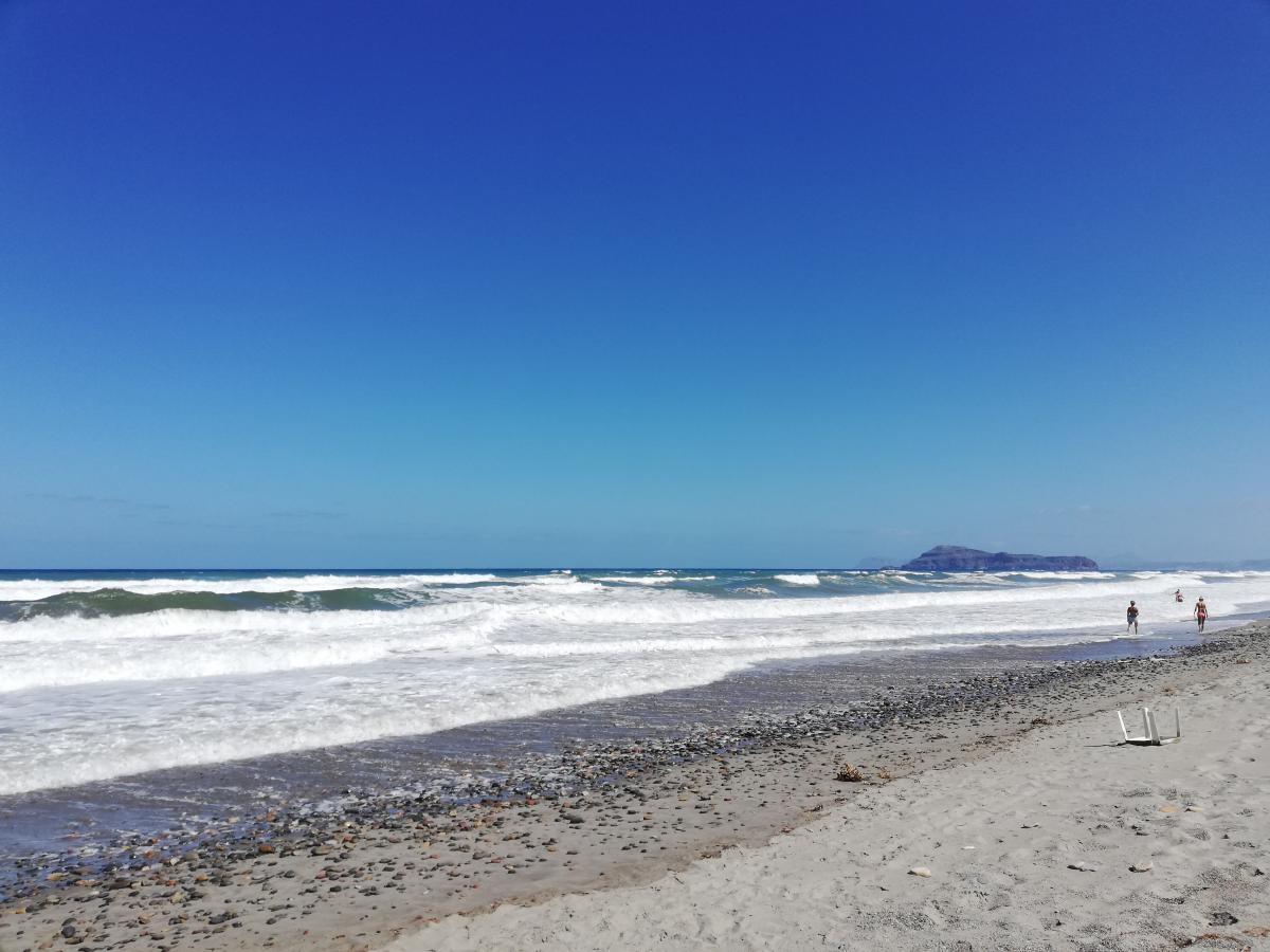 На Крите совсем нет частных пляжей / Фото Марина Григоренко