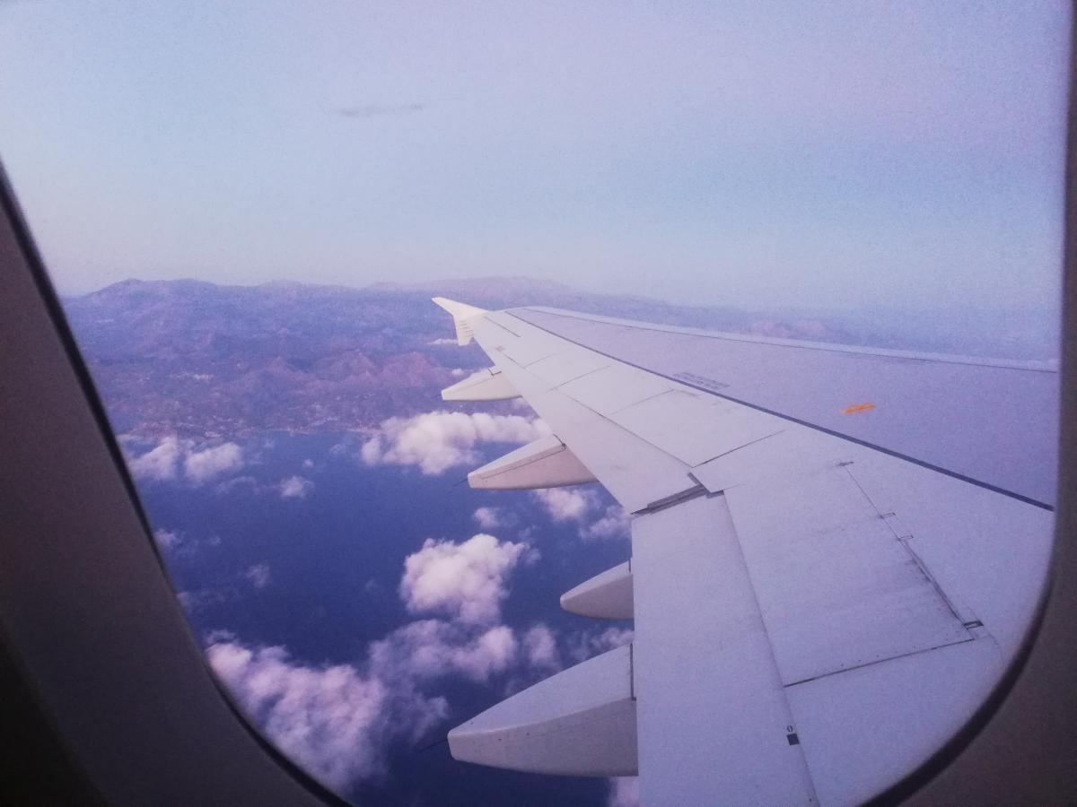 Уже подлетая к Криту можно насладиться невероятными видами / Фото Марина Григоренко