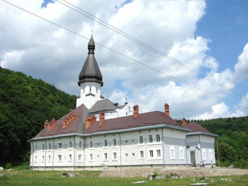 Гошевский монастырь УГКЦ / ua.igotoworld.com