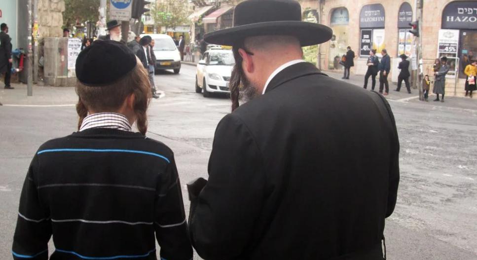 Общины ультраортодоксальных иудеев в Израиле и США поразила вспышка кори / religionnews.com