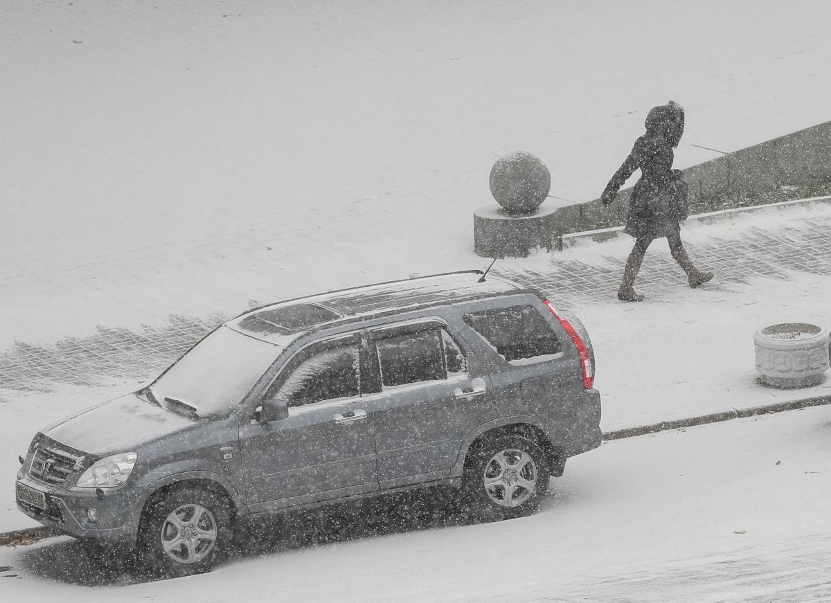 Снегопад в Киеве / REUTERS