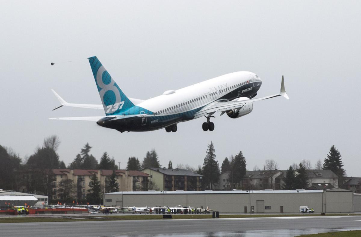 Самолет Boeing 737 MAX 8 / REUTERS