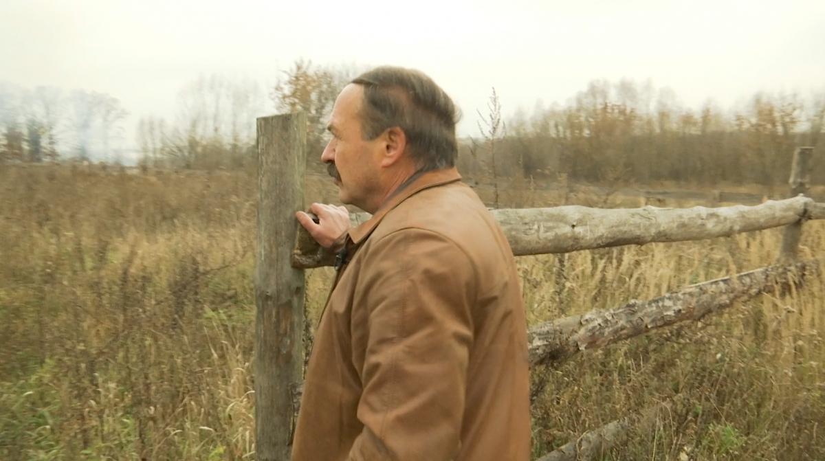 Активіст Віктор Бархоленко розповідає, як у Бучі проходять оборудки з землею