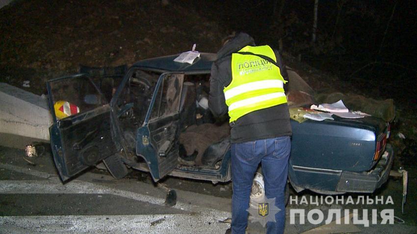 56-річний водій автомобіля «ВАЗ 2107» не впорався з керуванням автівки / фотоНацполіція