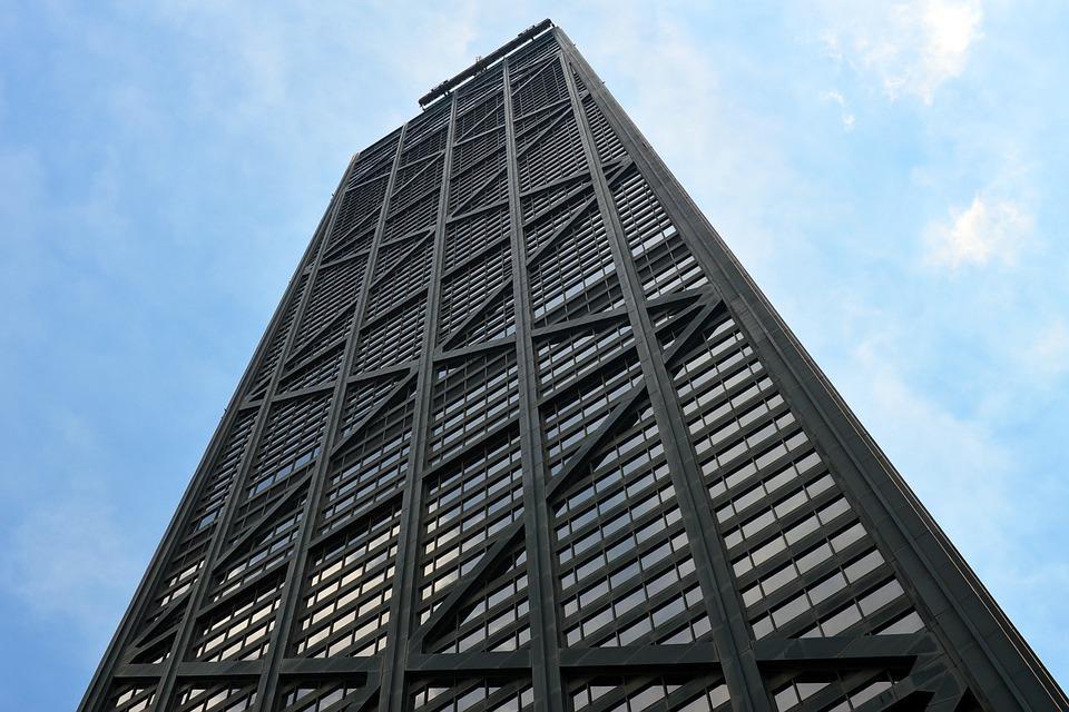 Лифт оборвался в 100-этажном небоскребе Ханкок-центра / фото pixabay.com