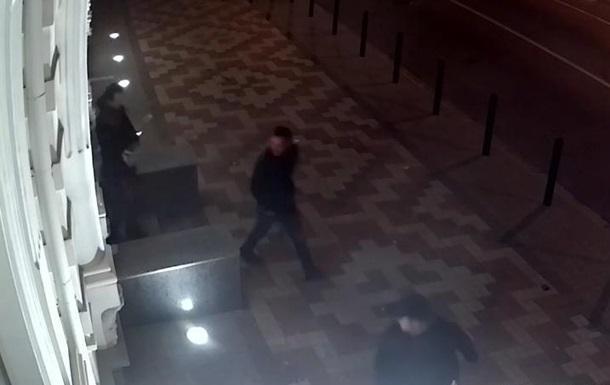 Грабителей запечатлела камера наблюдения / Фото: пресс-служба Национальной полиции