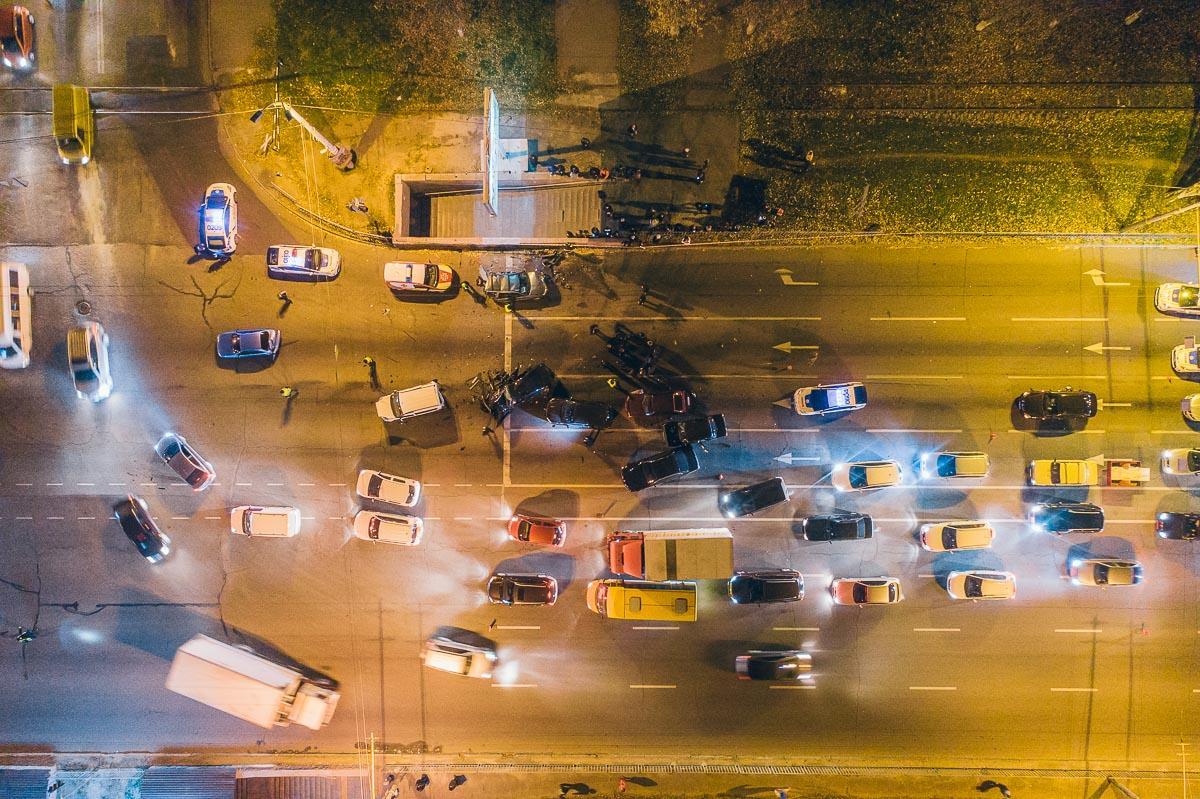 В Днепре в ДТП столкнулись 10 авто / фото Глеб Пархомец / Информатор