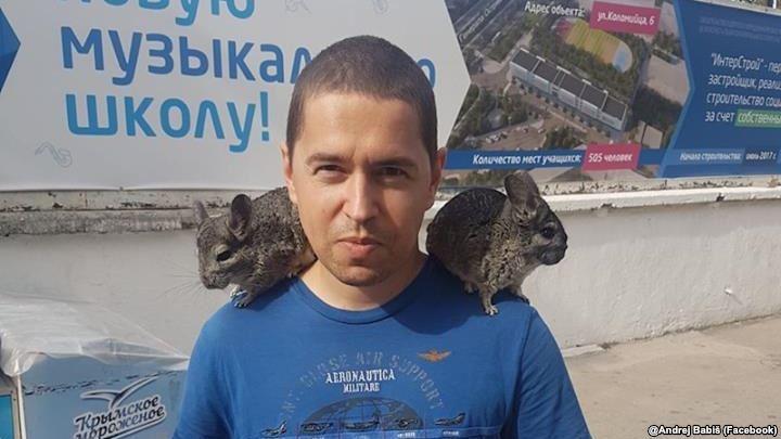 Сын премьера заявил, что в Крым он попал не по своей воле / фото Бабиш, Facebook