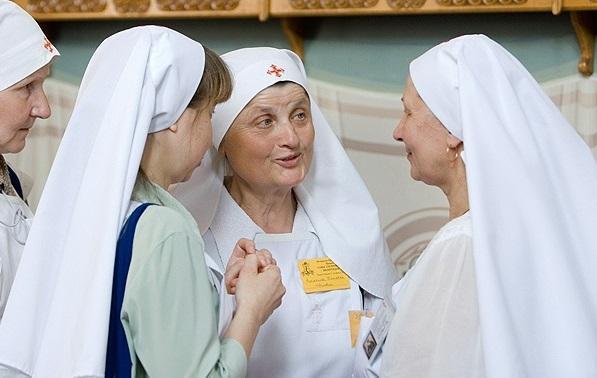 Сестри милосердя БПЦ / Фото БЕЛТА