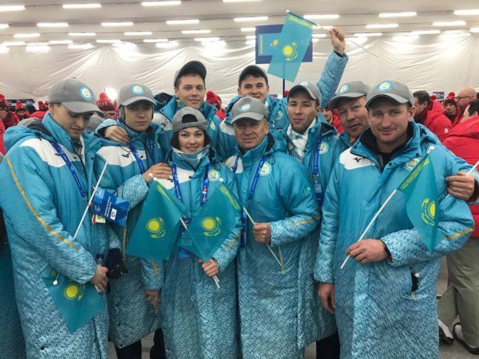 Сборная Казахстан по биатлону на церемонии открытия Олимпийских игр в Пхенчхане / biathlon.kz