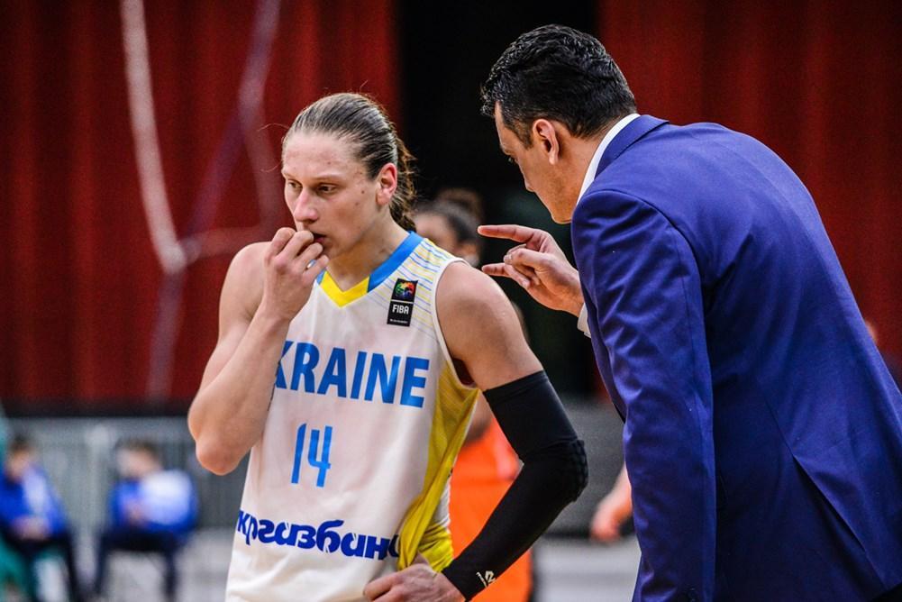 Аліна Ягупова (ліворуч) став найкориснішим гравцем кваліфікації Євробаскету-2019 / FIBA