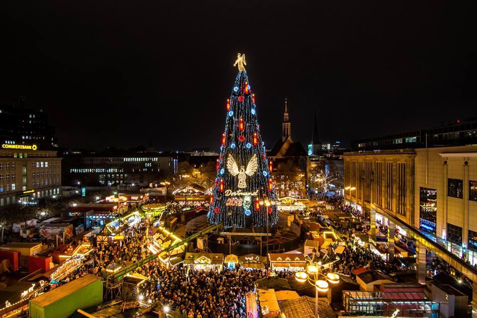 Найбільша у світі різдвяна ялинка у Дортмунді / Фото facebook.com/dortmund.de/