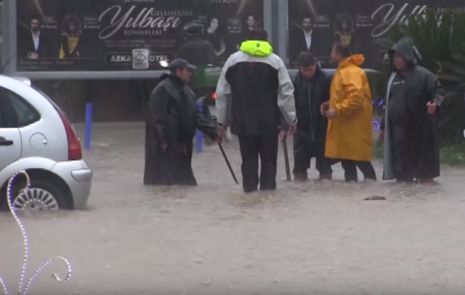 На Бодрум обрушились дожди / youtube.com / Türkiye Gazetesi
