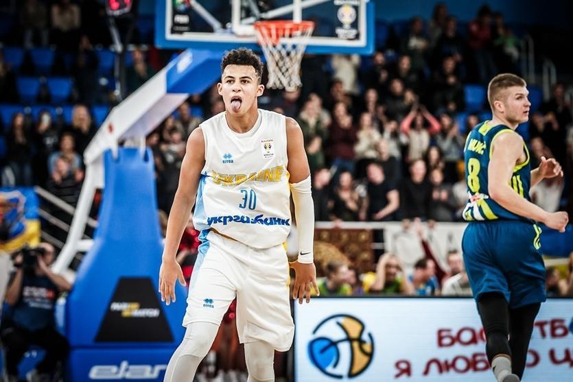 Сборная Украины сохраняет шансы на поездку на ЧМ-2019 / iSport.ua