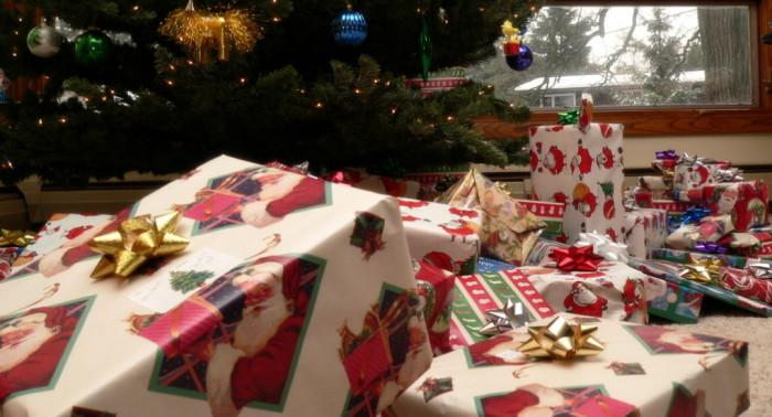 В Кафедральном соборе УПЦ началась акция по сбору рождественских подарков / foma.ru