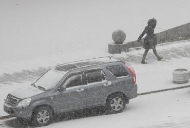 У мережі показали вражаючі фото першого снігопаду в Києві (фоторепортаж)