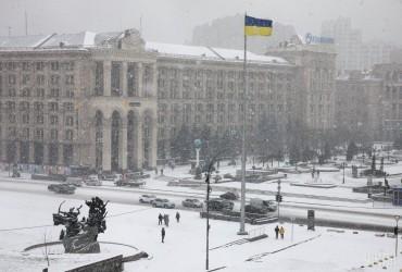 В Украину пришла непогода: синоптики прогнозируют до 20 сантиметров снега (видео)