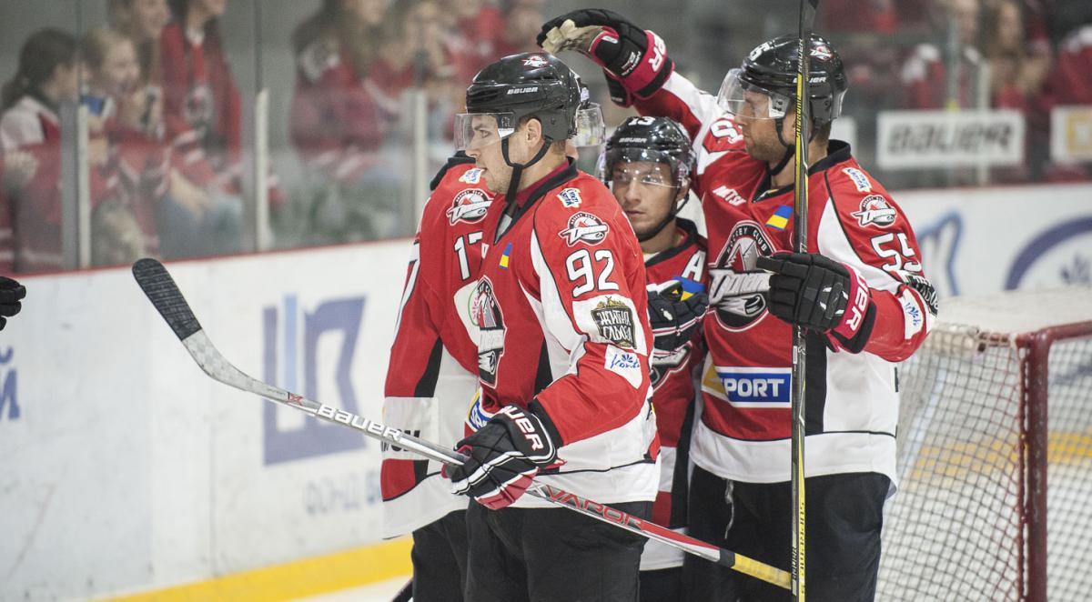Донбаа разгромил Кременчук в центральном матче дня регулярного чемпионата УХЛ / uhl.ua