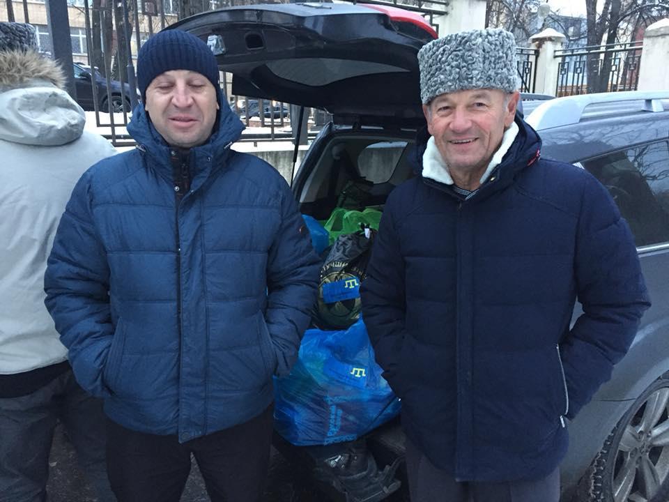 Активисты передадут морякам вещи через своих знакомых в Москве / фото Nariman Dzhelalov, Facebook