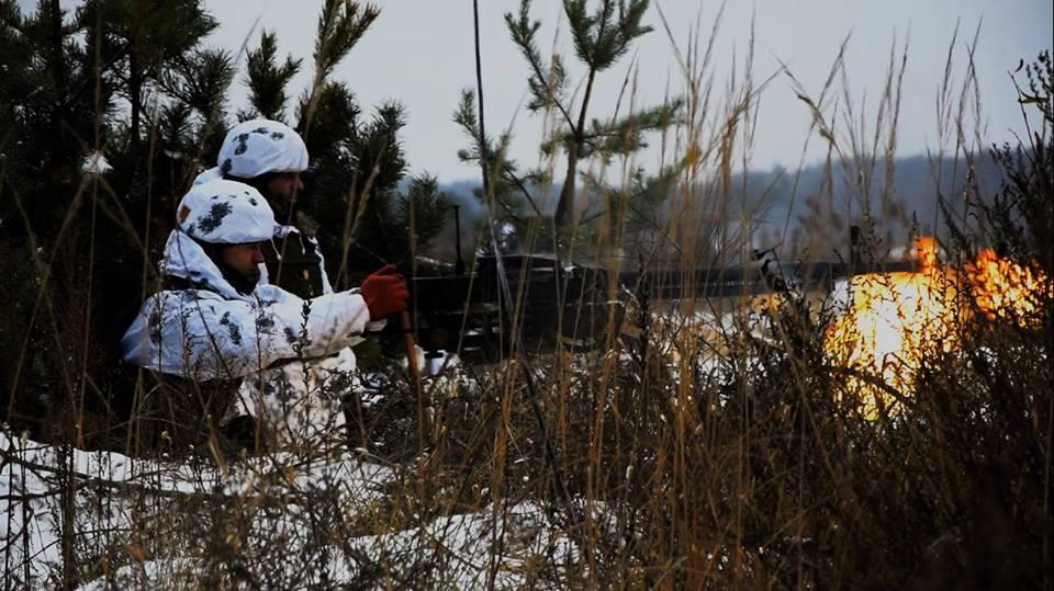 З початку доби ворог п'ять разів відкривав вогонь по позиціях Об'єднаних сил / фото facebook.com/theministryofdefence.ua