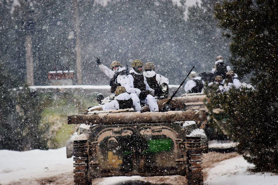 Вчені вважають, що ризик початку масштабної війни між Україною і Росією залишиться високим / фото facebook.com/theministryofdefence.ua