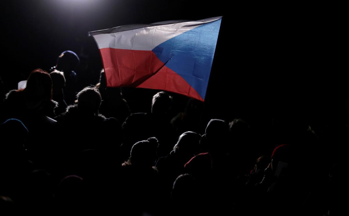 Чехия будет говорить о действиях России с главами МИД ЕС / Иллюстрация REUTERS