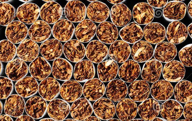 После введения запрета на выкладку сигарет закроются до 30% торговых точек
