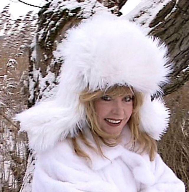 Пугачова показала фото в незвичному образі - вона вся в білому / фото instagram.com/alla_orfey