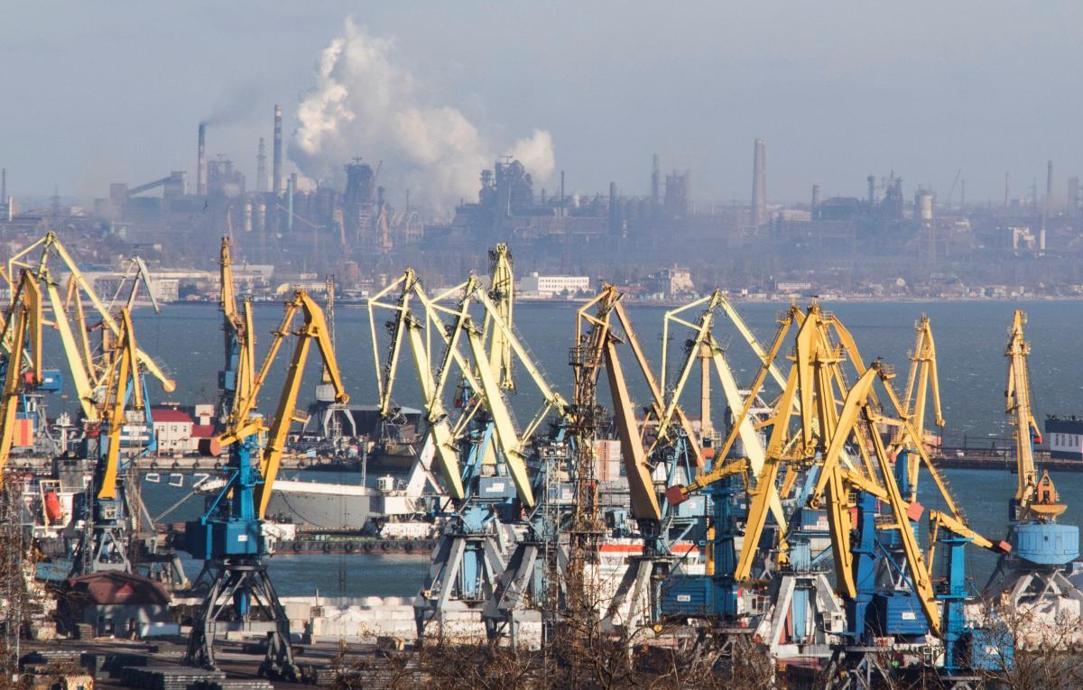 Мариупольский порт / REUTERS