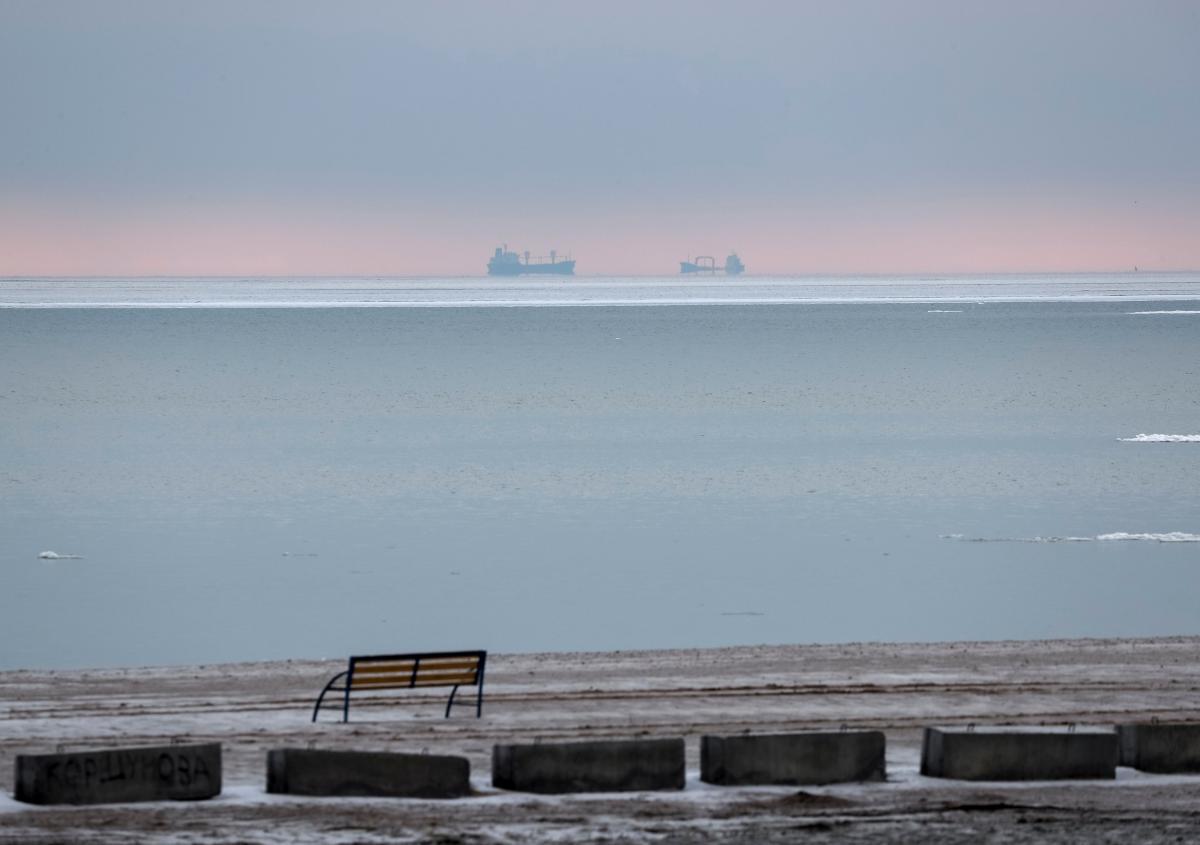 В Азовском море произошел взрыв на российском танкере \ фото REUTERS