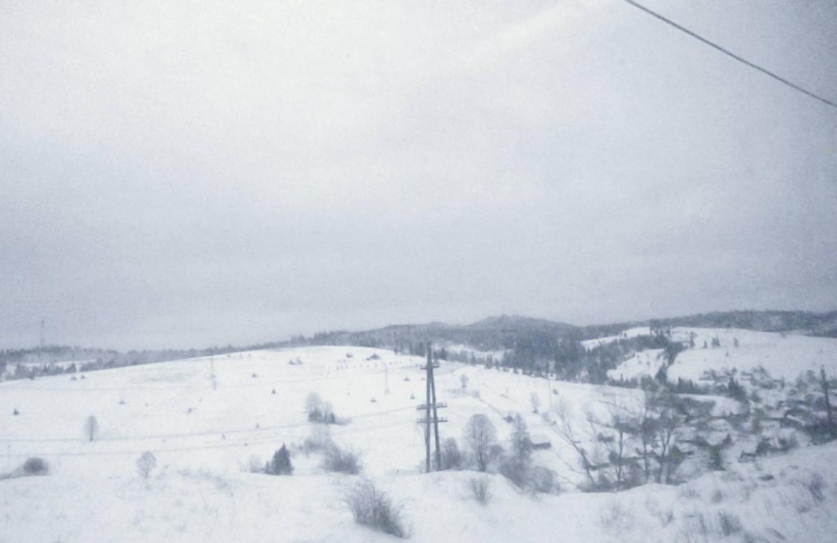 В Карпатах местами намело до 30 см снега / www.facebook.com/lavyny.official