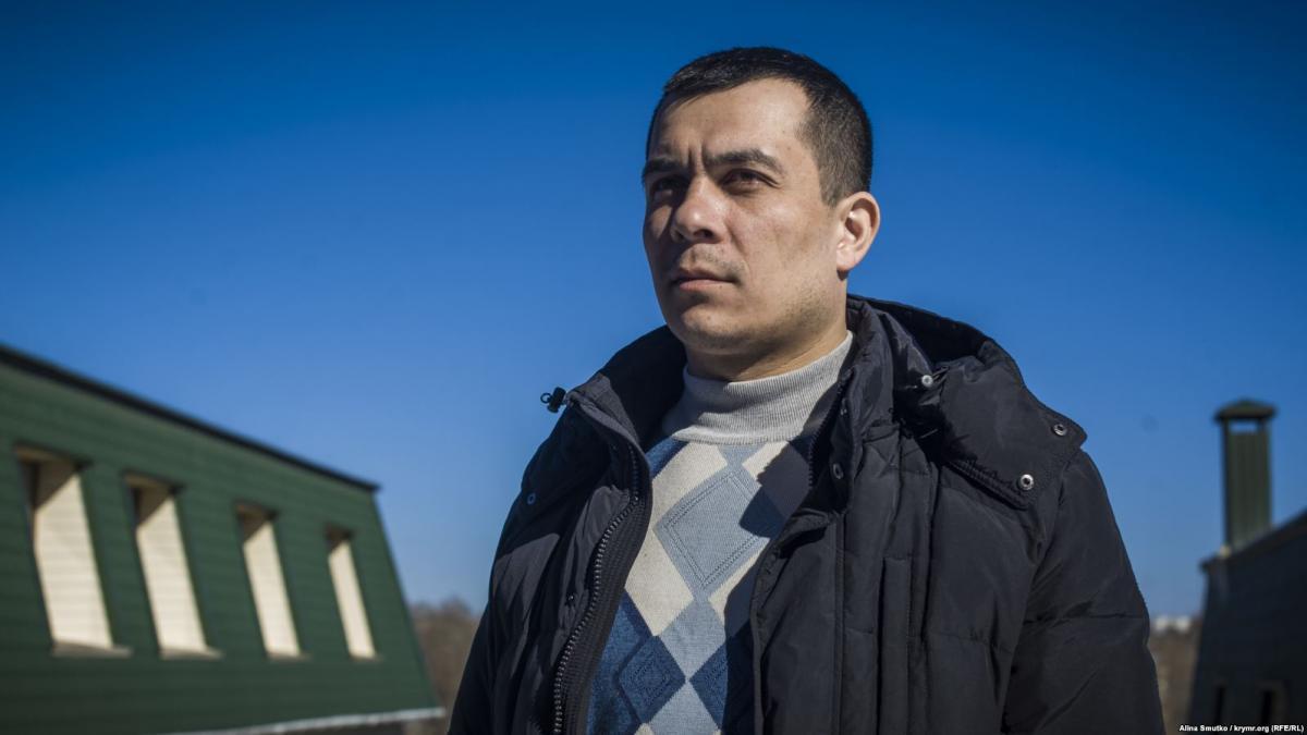 Курбединову грозит административный арест/фото Крым.Реалии