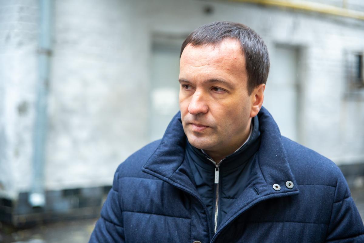 Пантелеєв провів інспекціюжитлового будинку на вулиці Московській, 15, де мешканці скаржились на недостатню температуру опалення