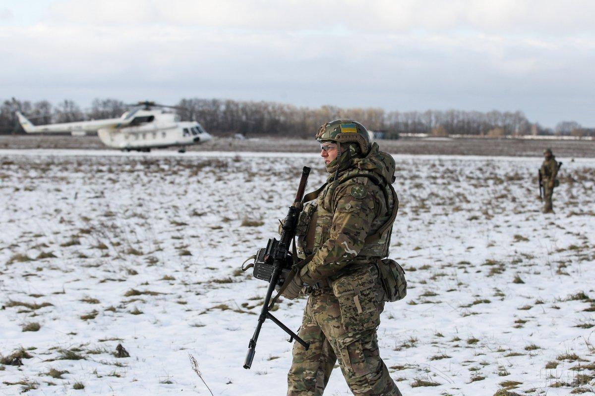 За прошедшие сутки украинские военные уничтожили двух боевиков / фото УНИАН