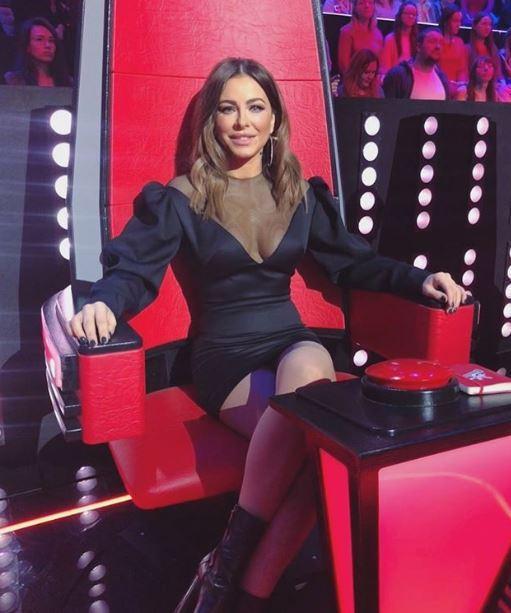 Лорак знову красується в міні / фото instagram.com/anilorak