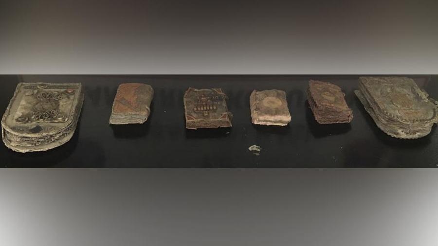 Конфискованные турецкими правоохранителями артефакты / Фото thejc.com