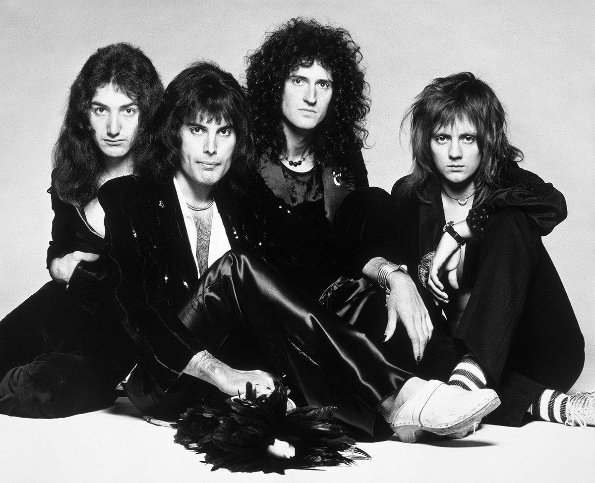 Песня Bohemian Rhapsody группы Queen впервые вышла 31 октября1975 года /фото twitter.com/UMG