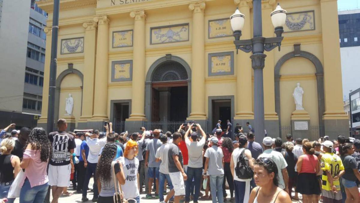 У кафедральному соборі відбулася стрілянина / brasil.elpais.com