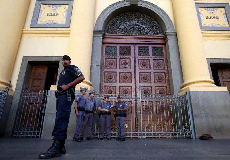 Мужчина совершил стрельбу в церкви / Reuters