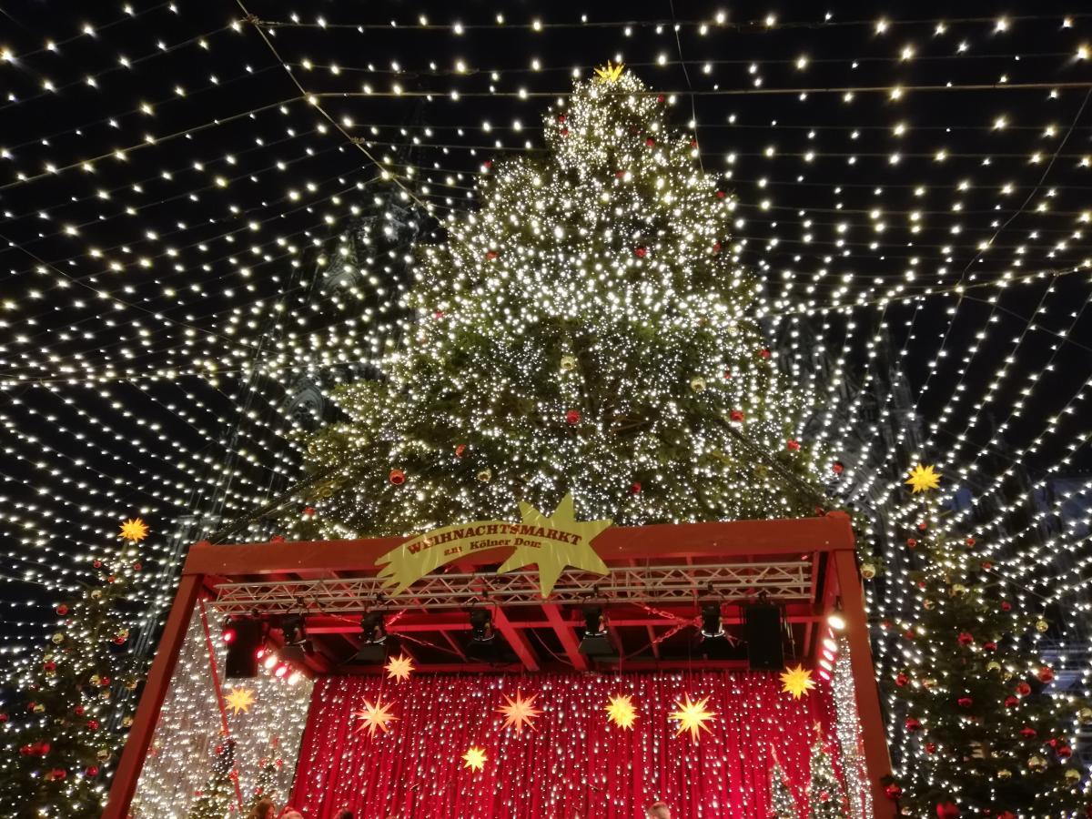 Огни немецких рождественских ярмарок (Кельн) / Фото Марина Григоренко
