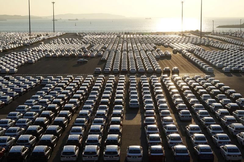 Легковых автомобилей было изготовлено 3 тыс. 538 штук / Иллюстрация REUTERS